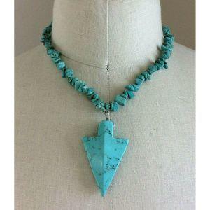 "Turquoise Stone & Arrowhead Pendant Necklace 18"""